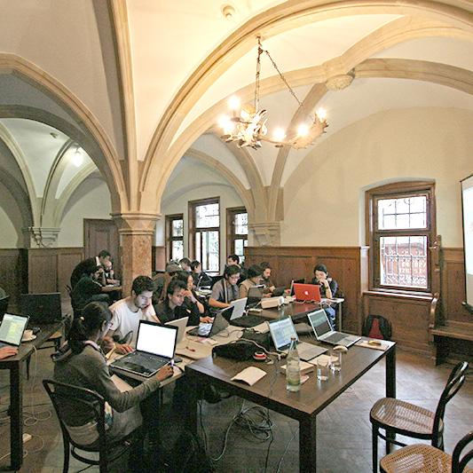 Архитектурен Клас на Staedelschule -Франкфурт, Германия